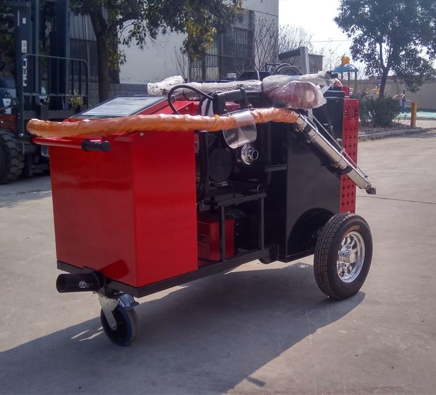 100升大容量灌缝机进行沥青灌缝操作步骤有哪些?